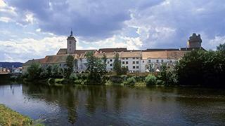 Strakonice hrad řeka